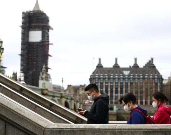 Βρετανία: Σταθερά πάνω από τις 50