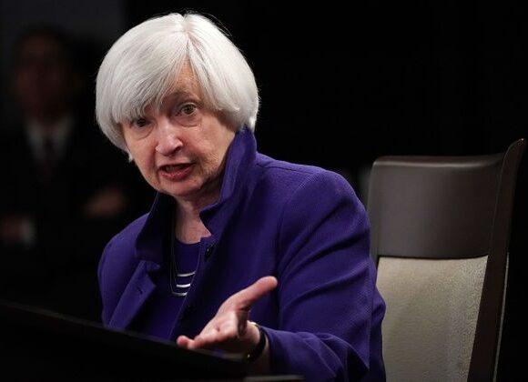 Γέλεν: Χωρίς πρόσθετη στήριξη υπάρχει ο κίνδυνος μεγαλύτερης ύφεσης