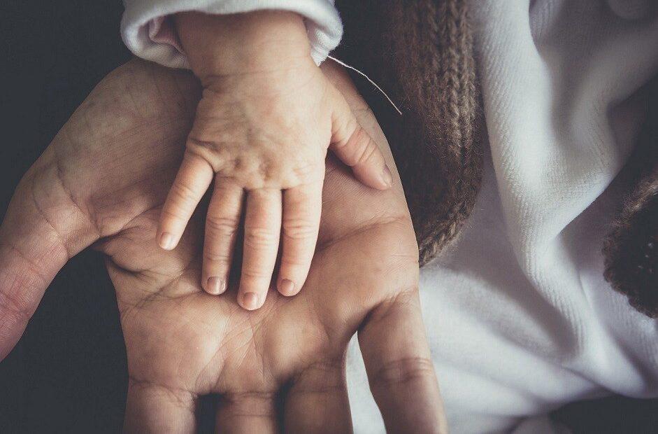 Επίδομα παιδιού: Πότε ανοίγει η πλατφόρμα – Οι δικαιούχοι και οι ημερομηνίες πληρωμής