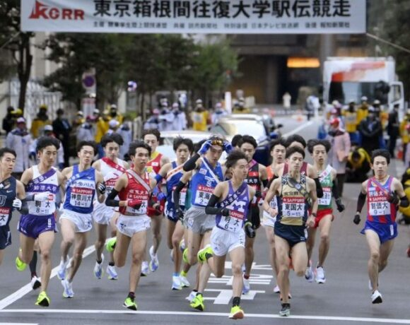 Η μισή Ιαπωνία παρακολούθησε τις σκυταλοδρομίες στίβου!