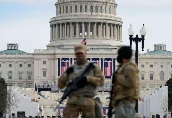 Καπιτώλιο : Συγγνώμη για τις «αποτυχίες» ζητούν οι ανώτατοι αξιωματούχοι ασφαλείας