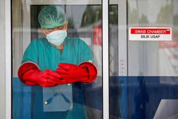 Κοροναϊός : Θετικοί εκατοντάδες Ισραηλινοί μετά το εμβόλιο της Pfizer