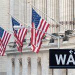 Wall Street: Επιστροφή στα κέρδη με ώθηση από τον κλάδο της τεχνολογίας