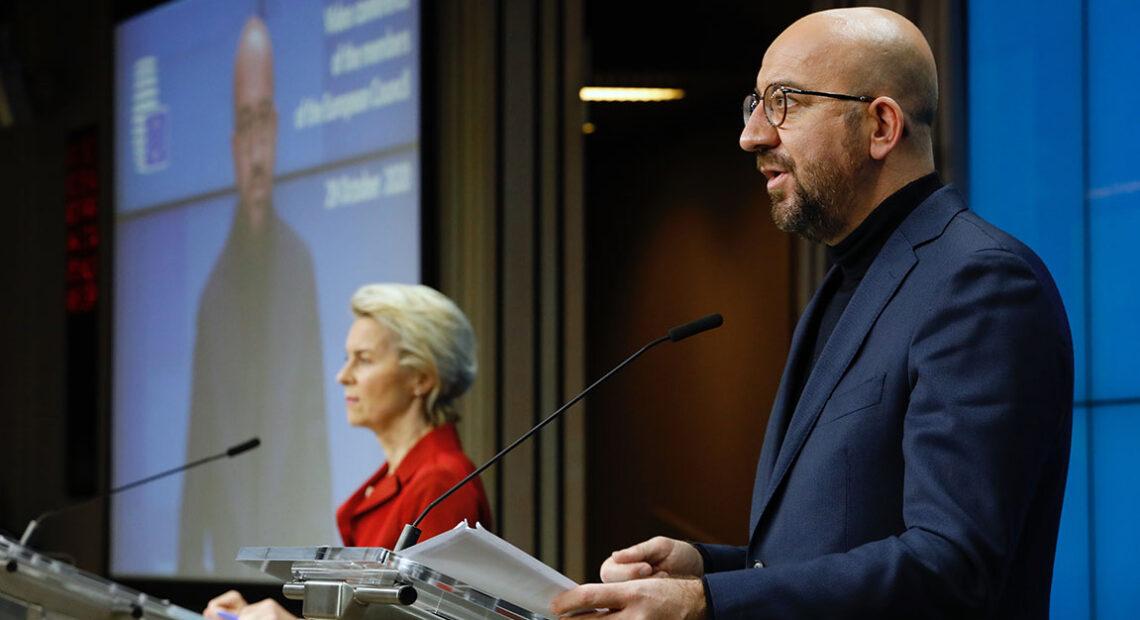 Εγκρίθηκε το πιστοποιητικό εμβολιασμού από την ΕΕ | Η επιμονή Μητσοτάκη και η στροφή Μέρκελ | Πως θα λειτουργεί | Τι λένε Βασιλικός, Τάσιος, Φραγκάκης | VIDEO