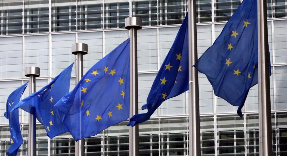 Κομισιόν: Τελεσίγραφο στην Ελλάδα για συμμόρφωση στις πληρωμές οφειλών προς ιδιώτες