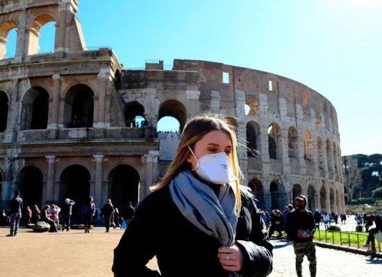 Κορωνοϊός – Ιταλία: Ανησυχία για μεταλλάξεις και συνωστισμό – Αναμένονται νέα μέτρα