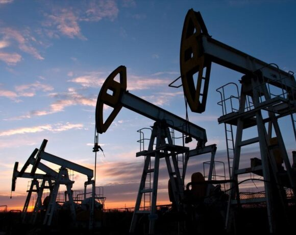 Πετρέλαιο: Εβδομαδιαίο άλμα 9%