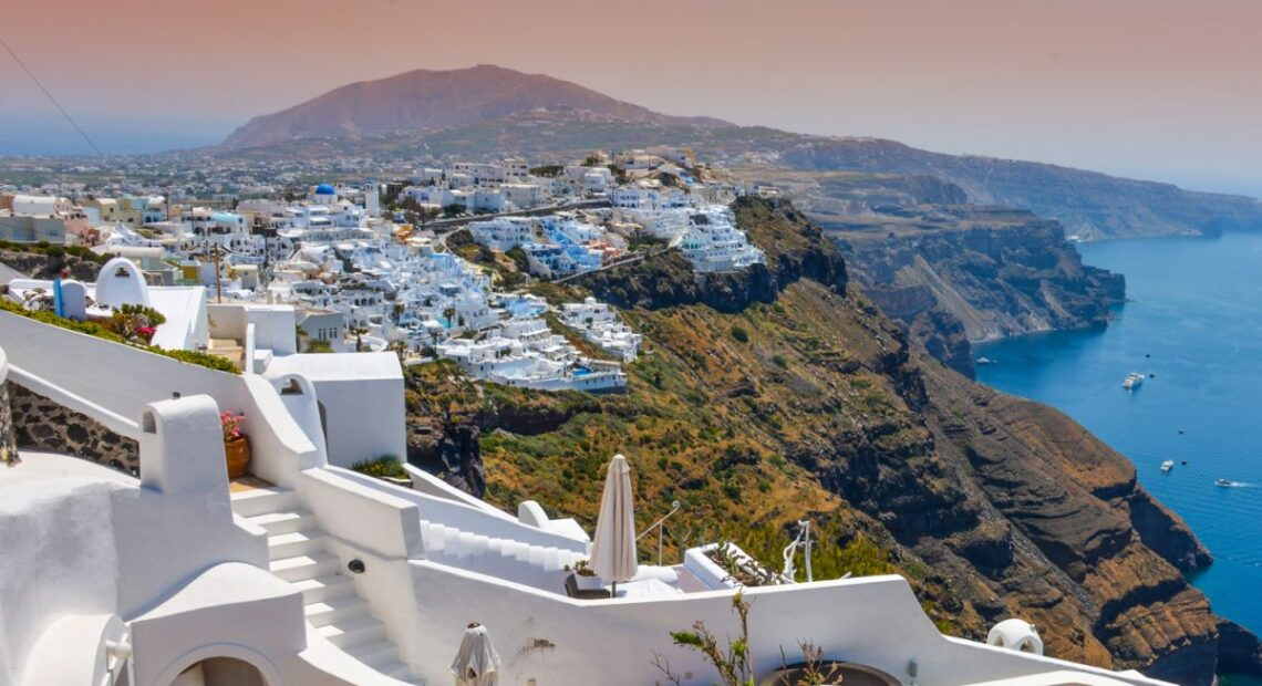 Santorini to Launch New Tourism Promotion Strategy for 2021