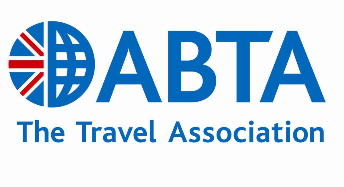 ABTA: Το 63% θέλει να ταξιδέψει στο εξωτερικό | Οι τουρίστες εμπιστεύονται περισσότερο τις οργανωμένες διακοπές εν μέσω πανδημίας