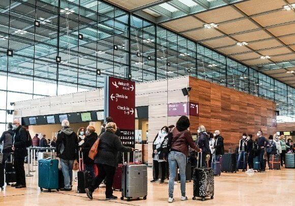 Γερμανία: Υποχρεωτικό διαγνωστικό τεστ κορωνοϊού για όλους τους επιβάτες πτήσεων