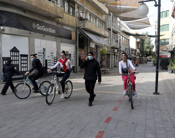 Η Κύπρος αποφασίζει για άνοιγμα της εστίασης, επιστροφή στα σχολεία, κυκλοφορία μέχρι τις 11