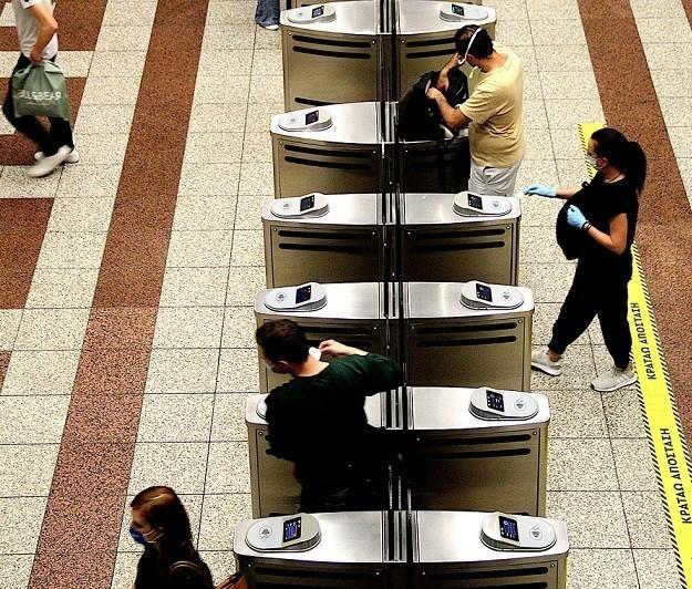 Καραμανλής: Προσπάθεια για διατήρηση του μειωμένου εισιτηρίου στα ΜΜΜ