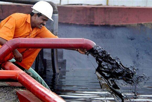 Πετρέλαιο: Κέρδη 2,5%