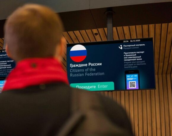 Greece May Ease Cap on Russian Traveler Arrivals