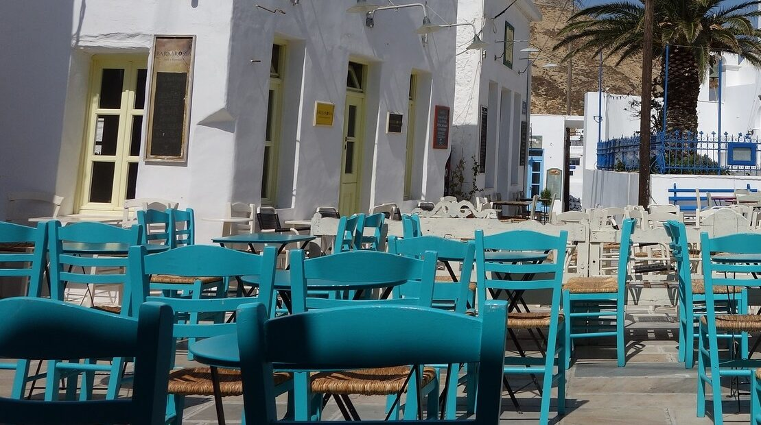 Greece's Covid-hit Restaurant Owners See 40% Decline in Turnover