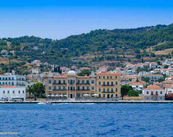 INSETE: Greek Tourism 2020 Performance in Numbers