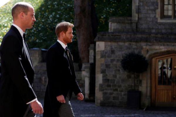 Βρετανία : Κάρολος και Γουίλιαμ αποφασίζουν για το μέλλον της βασιλικής οικογένειας μετά τον θάνατο του Φίλιππου