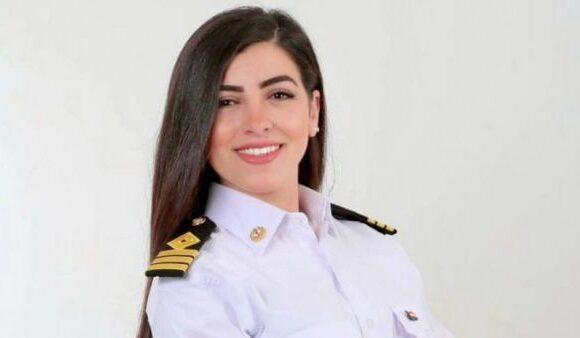 Διώρυγα του Σουέζ : Στοχοποίησαν την πρώτη καπετάνισσα για το χάος με το «Ever Given»