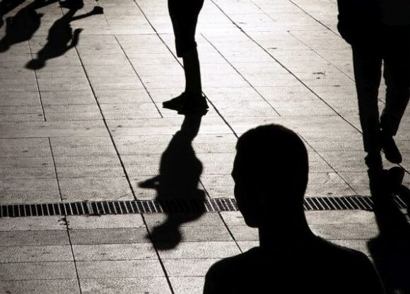 Ευρωπαϊκή Ένωση: Ο κορωνοϊός δημιούργησε νέα γενιά ανέργων