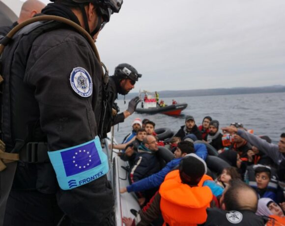 Ευρωπαϊκό Κοινοβούλιο: «Παγώνει» την έγκριση του προϋπολογισμού της Frontex