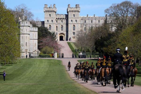 Η Βρετανία αποχαιρετά τον Πρίγκιπα Φίλιππο – Στις 17