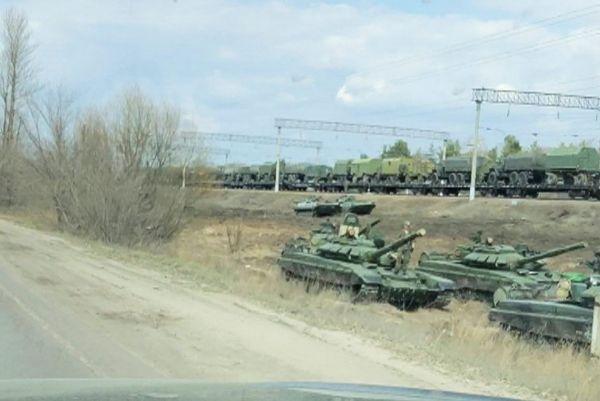 Μπορέλ : Ανεβαίνει η ένταση στα σύνορα της Ουκρανίας με τη Ρωσία – Πολύ επικίνδυνη η κατάσταση