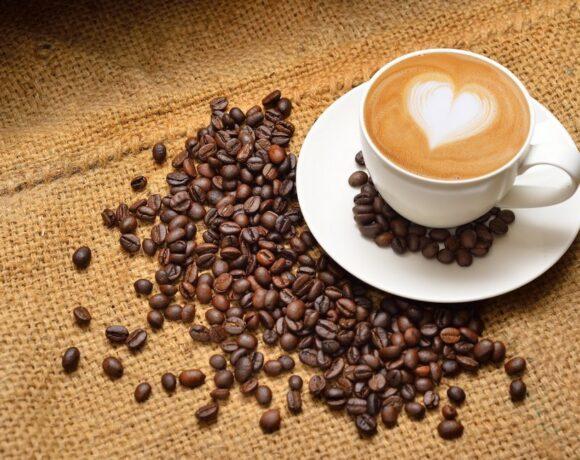 Νέα μελέτη: Ποιος κερδίζει από το εμπόριο καφέ