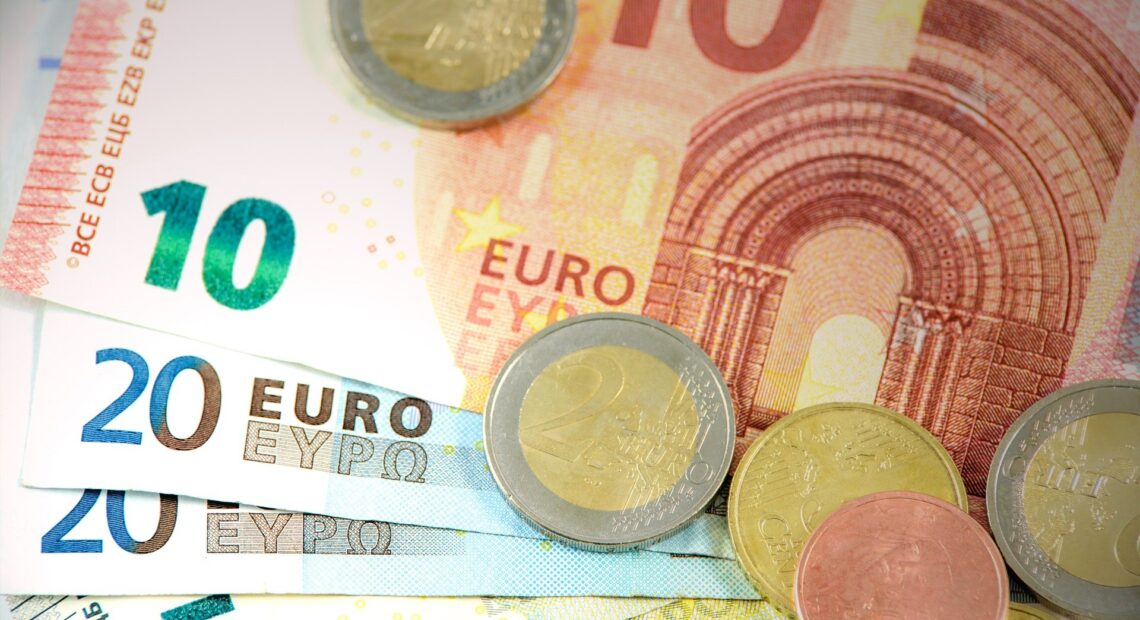 ΟΠΕΚΑ: Νωρίτερα η πληρωμή λόγω Πάσχα – Οι δικαιούχοι και όσα πρέπει να γνωρίζουν