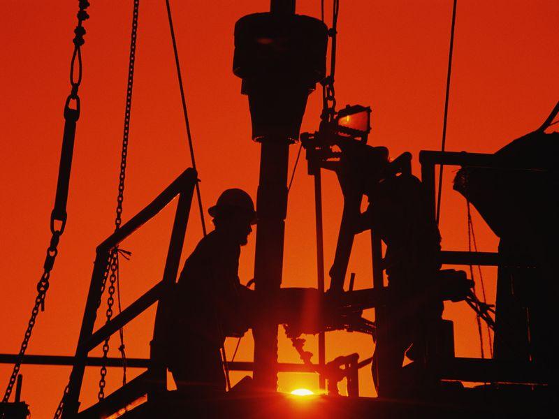 Πετρέλαιο: Απώλειες την Παρασκευή – Κέρδη 6% σε επίπεδο εβδομάδας