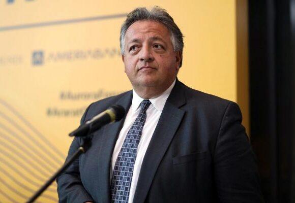 Ποσό «μαμούθ»: O πρόεδρος του ΔΣ της Moderna πούλησε μετοχές αξίας $1,4 δισ