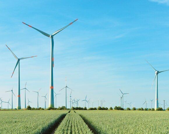 Τι ψάχνουν οι επενδυτές σε ενέργεια και υποδομές