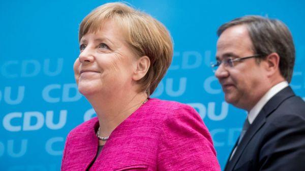 Το φιάσκο της Μέρκελ, η αγωνία του Μακρόν και το μετέωρο βήμα της Ευρώπης