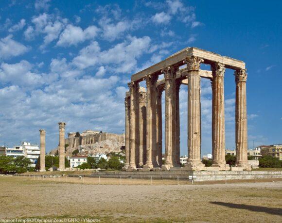 Greece Records Massive 90% Plunge in Jan-Feb Tourism Revenue
