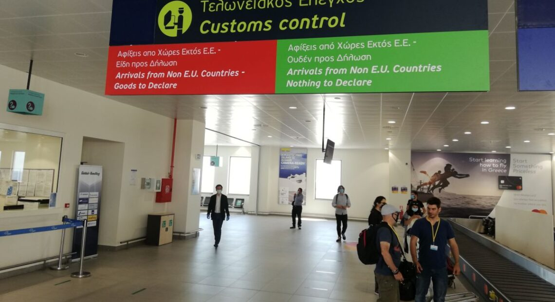 Greek Airports See Passenger Traffic Down for 13th Month in a Row