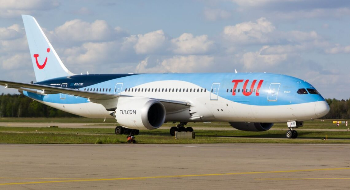 TUI Russia Promises Greece 300,000 Tourists this Year