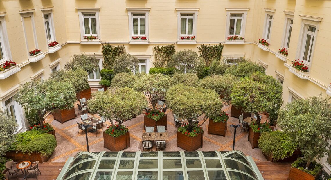 Athens' Hotel Grande Bretagne Opens New All-day Lounge