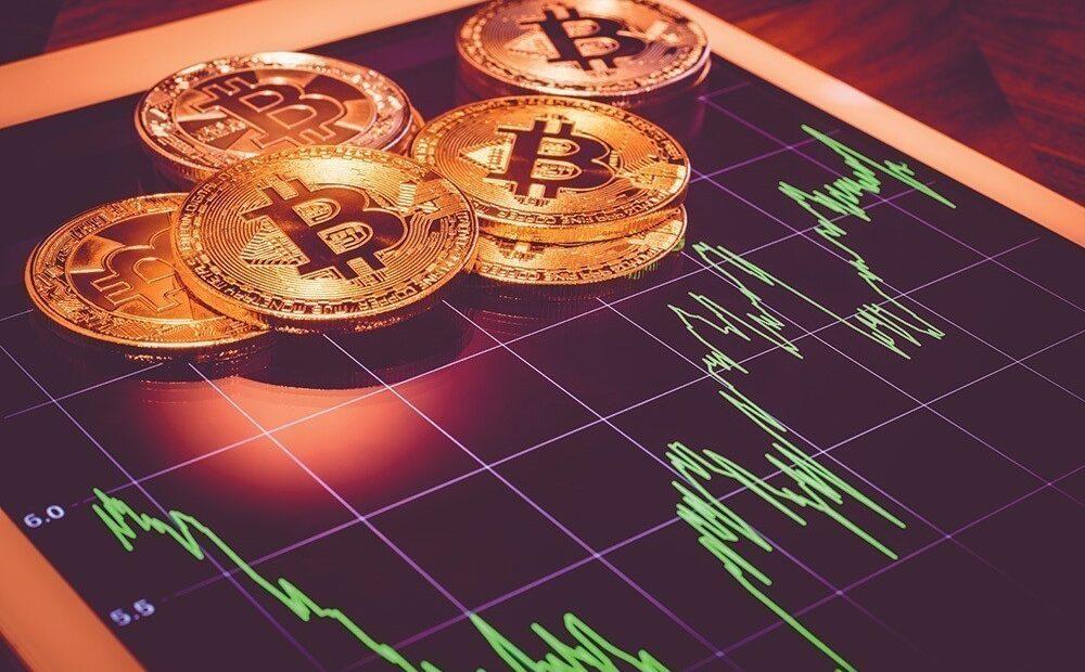 Bitcoin: Οι κεντρικές τράπεζες το μισούν, αλλά το αντιγράφουν