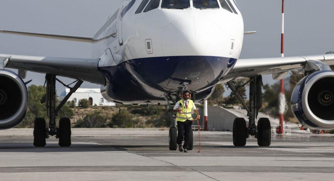 Boosting Air Connectivity, Waterways Top Greek Gov't Priorities