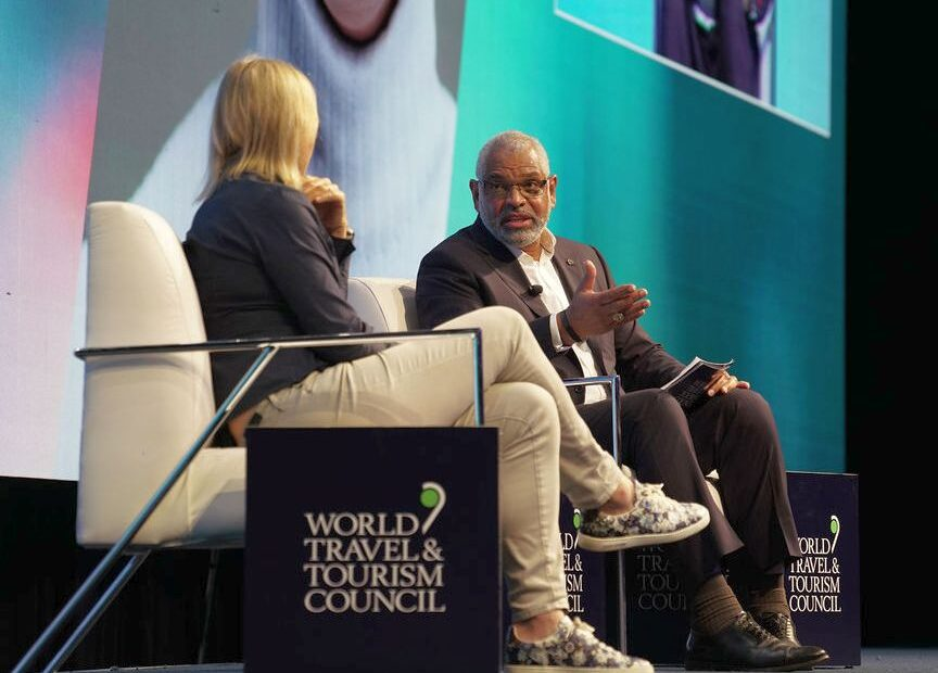 Carnival Cruise CEO Arnold Donald Named WTTC's New Chair