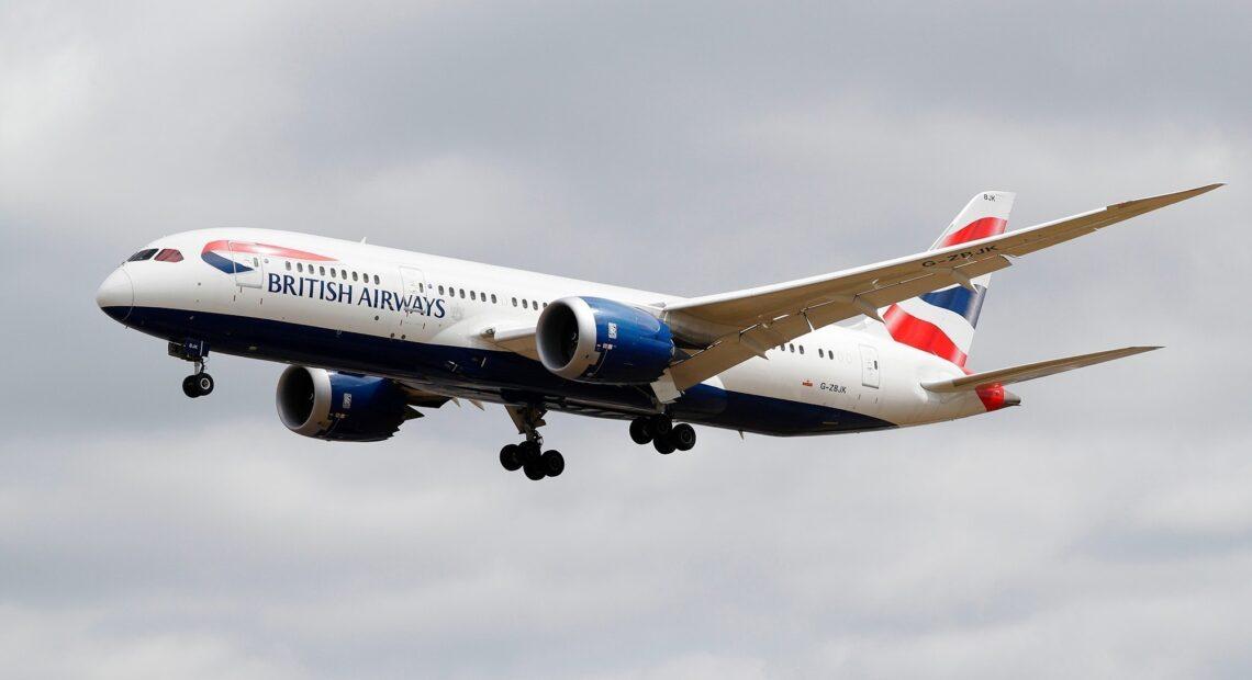 Βρετανία: Επιστολή από εταιρείες σε Τζόνσον και Μπάιντεν για να αρχίσουν ξανά τα αεροπορικά ταξίδια στις ΗΠΑ