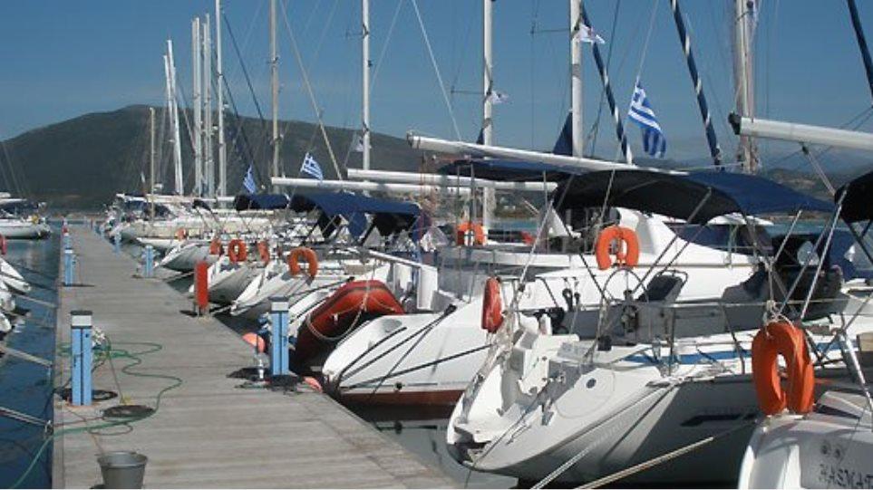 Βloomberg: Αφιέρωμα στον τουρισμό με σκάφος στην Ελλάδα