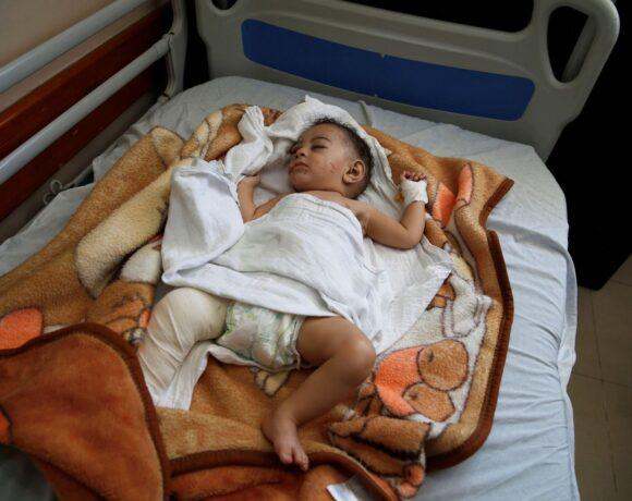 Γάζα: Μωρό πέντε μηνών ανασύρεται ζωντανό από τα ερείπια