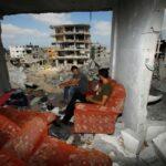 Ισραηλινά πυρά και από πολεμικά σκάφη – Τουλάχιστον 128 Παλαιστίνιοι νεκροί και 8 Ισραηλινοί
