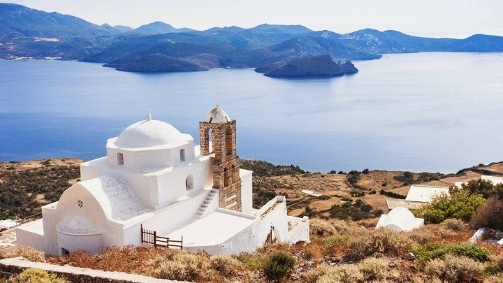 Καμία επίσημη ή ανεπίσημη ενημέρωση στην Ελλάδα για τη βρετανική «πράσινη» λίστα στα νησιά μας