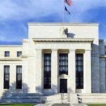 «Καμπανάκι» Fed για την εκτίναξη των μετοχών