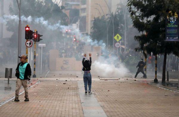 Κολομβία: Τουλάχιστον 17 οι νεκροί στις διαδηλώσεις κατά της φορολογικής μεταρρύθμισης