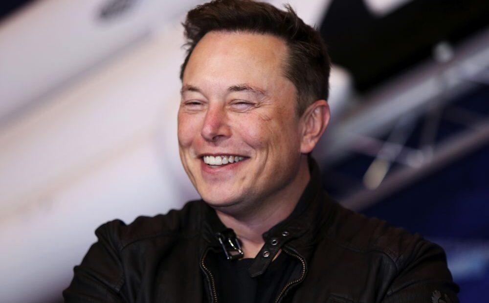 Πιερρακάκης: Συμφωνία με Μασκ (Tesla) για σούπερ γρήγορο δορυφορικό ίντερνετ σε όλη την Ελλάδα