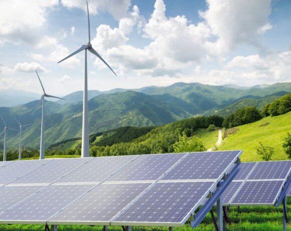 «Πράσινες» οι δύο στις τρεις κιλοβατώρες το 2030