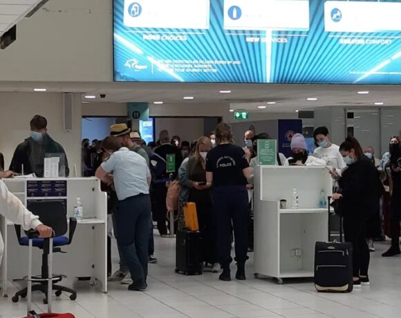 Στη Ρόδο οι πρώτοι επισκέπτες από την Ελβετία με πτήση της AEGEAN