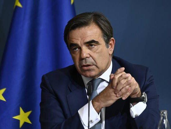 Σχοινάς για μπλε κάρτα ΕΕ: Θα συμβάλλει στη διατήρηση της οικονομικής ανάπτυξης για να αναδειχθεί η ΕΕ ισχυρότερη από την πανδημία